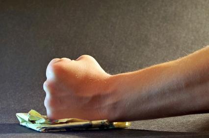 Zdjęcie główne #1373 - Dzwoni wkurzony klient. Jak poprowadzić rozmowę, by wyjść na swoje?